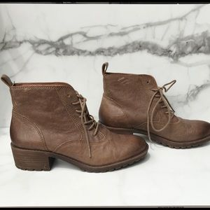 Lucky Brand Boots Size 7
